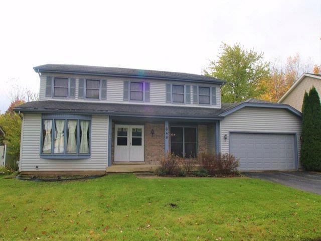 4 BR,  2.50 BTH House style home in Carol Stream
