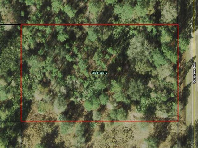 Lot <b>Size:</b> 1.14  Land style home in Hastings