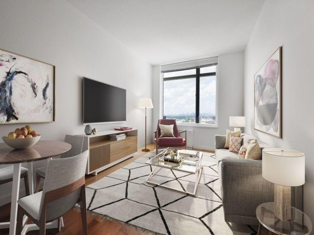 1 BR,  1.00 BTH  style home in Rego Park