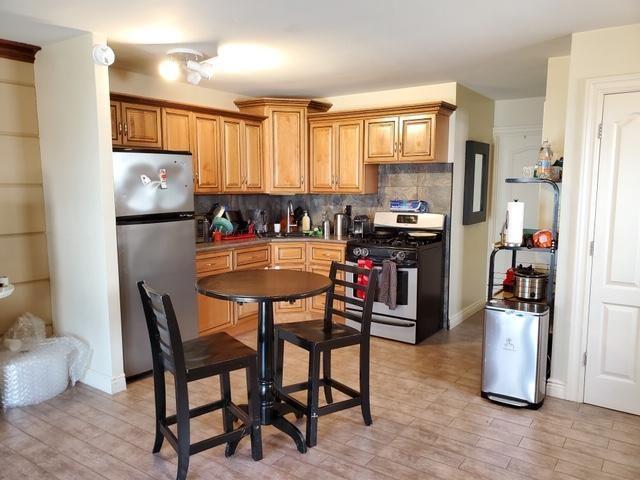 1 BR,  1.00 BTH Rental style home in Bergen Beach