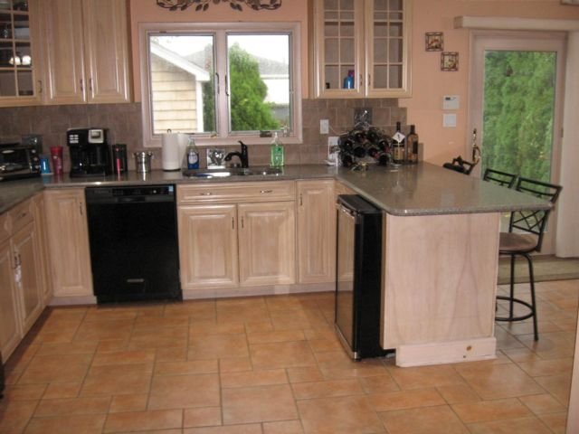 4 BR,  2.00 BTH   style home in Bellmore