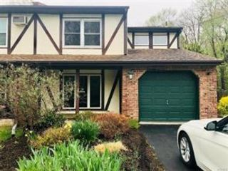 3 BR,  2.00 BTH Townhouse style home in Valley Cottage