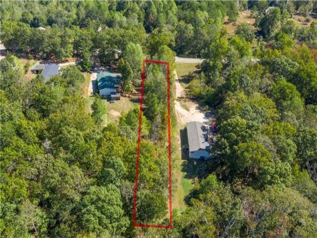 Lot <b>Size:</b> 1.02 Land style home in Gainesville