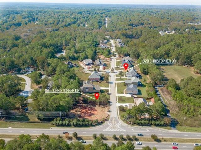 Lot <b>Size:</b> 0.46 Land style home in Conyers