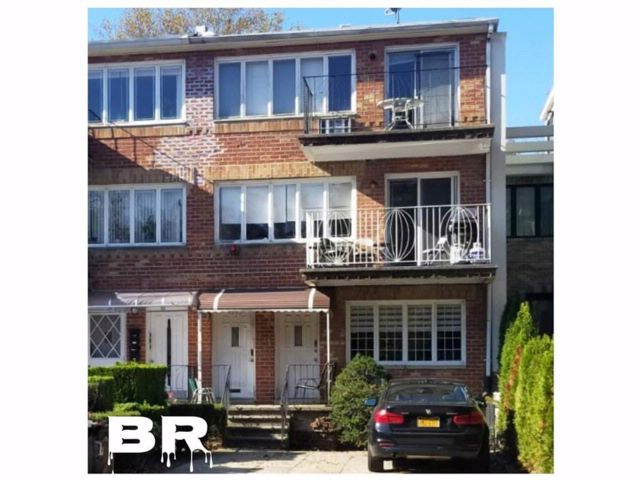 Studio,  0.00 BTH Multi-family style home in Midwood