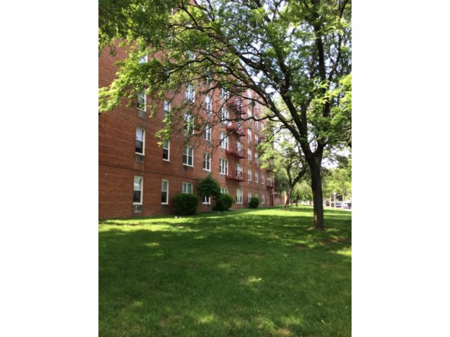 [New Dorp Real Estate, listing number 6938635]