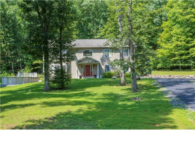 [Greenwood Lake Real Estate, listing number 6938810]