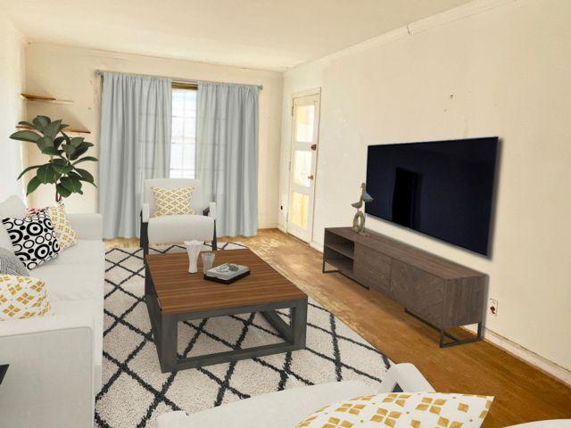 2 BR,  1.00 BTH Co-op style home in Rockaway Park