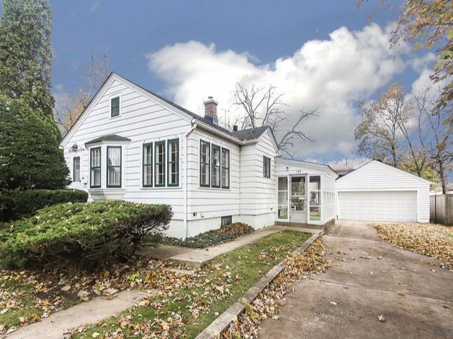 2 BR,  1.50 BTH Traditional style home in Bartlett