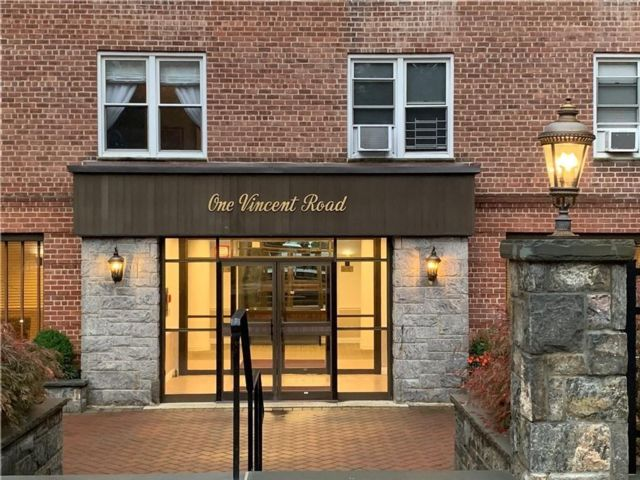 2 BR,  1.00 BTH  style home in Bronxville