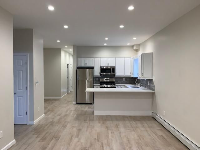 3 BR,  1.00 BTH Apartment style home in Bronx