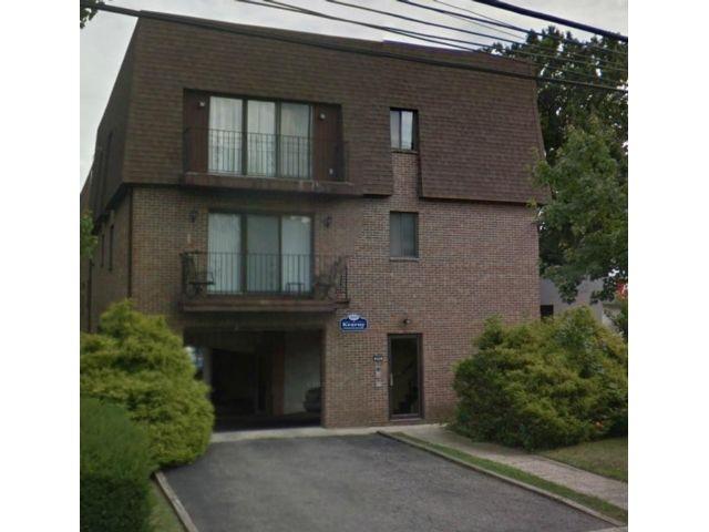 2 BR,  1.00 BTH Condo style home in Kearny