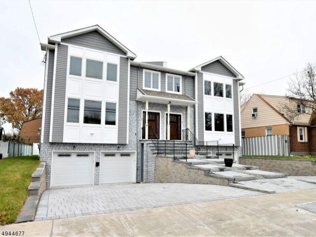 4 BR,  4.50 BTH Duplex style home in Lodi