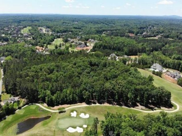 Lot <b>Size:</b> 9.83 Land style home in Milton