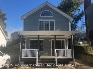 3 BR,  3.00 BTH Custom style home in Highlands
