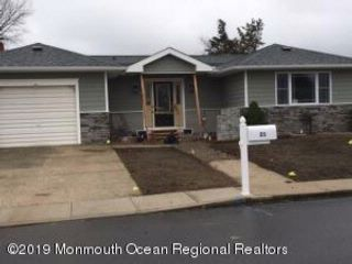 2 BR,  2.00 BTH Custom style home in Toms River