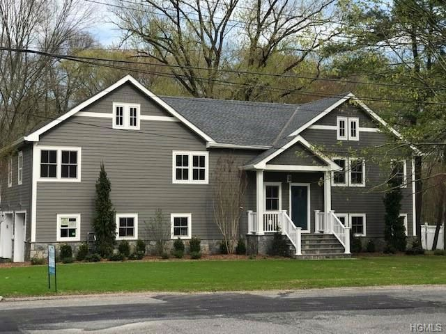 5 BR,  3.50 BTH  Two story style home in Rye Brook