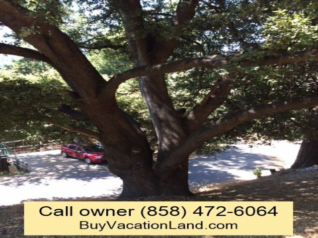 Lot <b>Size:</b> 0.14 Land style home in Crestline
