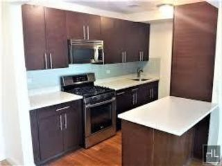 2 BR,  3.00 BTH Apartment style home in Bronx