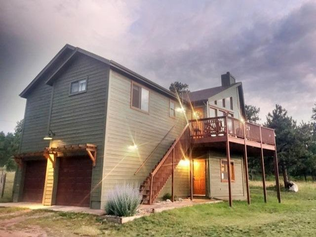 3 BR,  3.00 BTH   style home in Evergreen