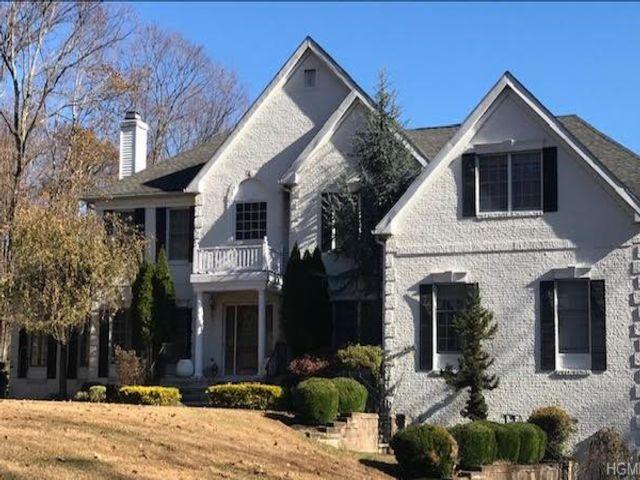 5 BR,  5.00 BTH Colonial style home in Cortlandt Manor