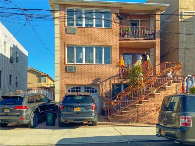 11 BR,  3.00 BTH  Multi-family style home in Dyker Heights