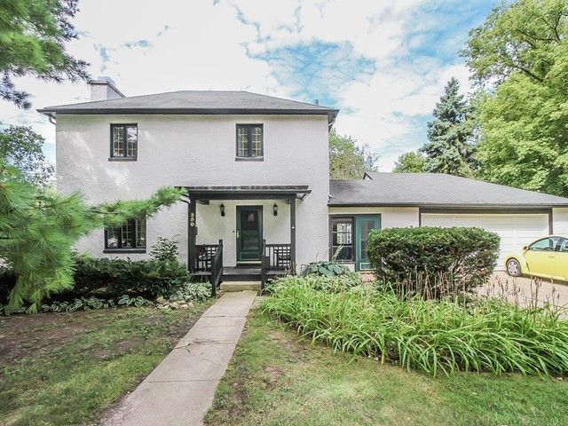 3 BR,  1.50 BTH Traditional style home in Palatine