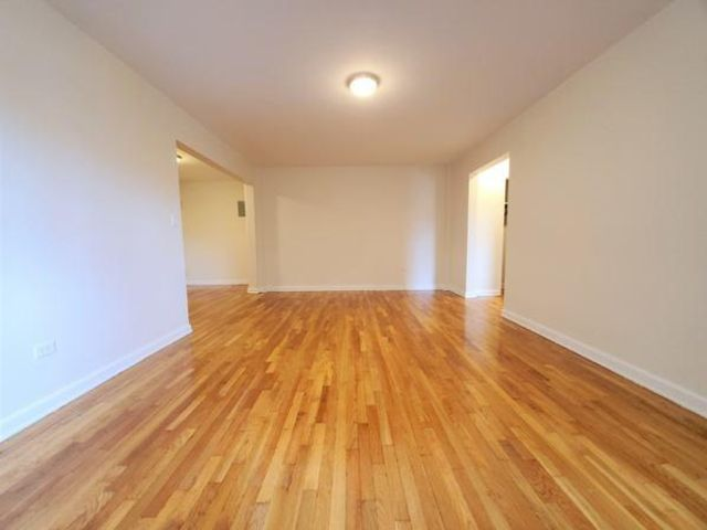 Studio,  1.00 BTH Apartment style home in Briarwood