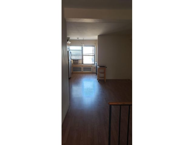 1 BR,  1.00 BTH Apartment style home in Rego Park