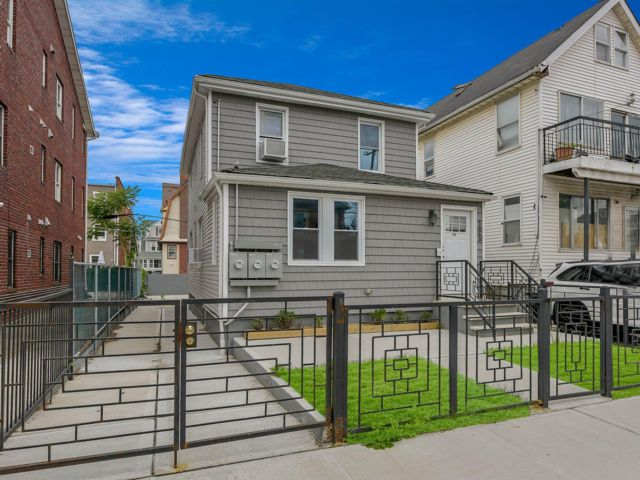 [Rockaway Park Real Estate, listing number 6943336]