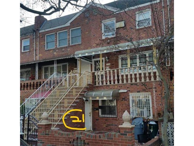 Studio,  3.00 BTH Multi-family style home in Canarsie