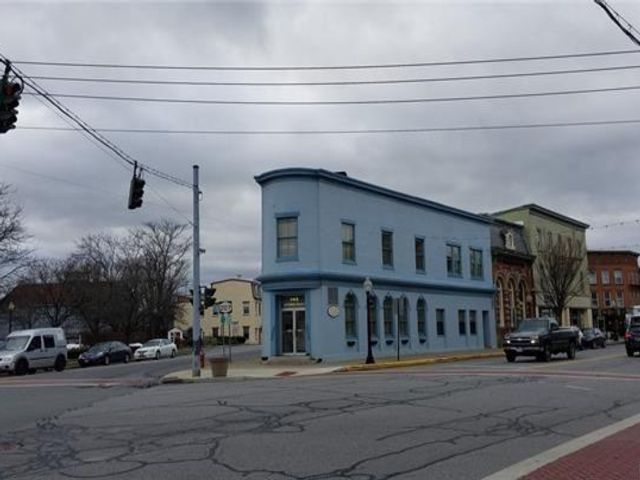 Studio,  0.00 BTH  Commercial style home in Goshen