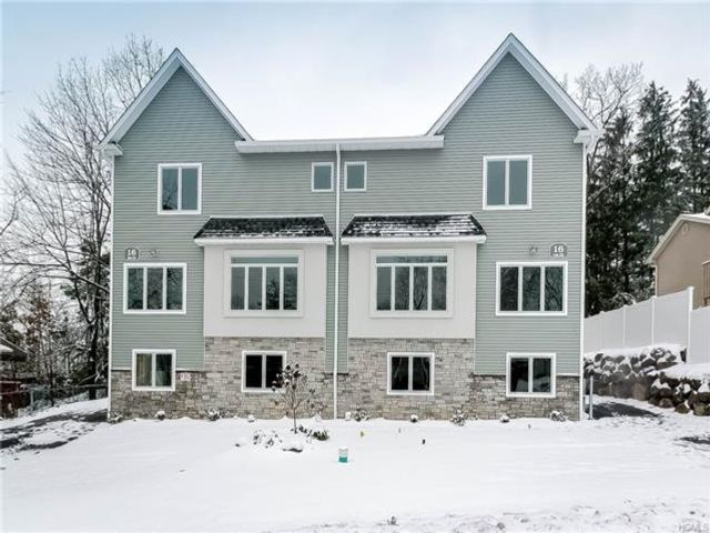 5 BR,  4.00 BTH Townhouse style home in Ramapo