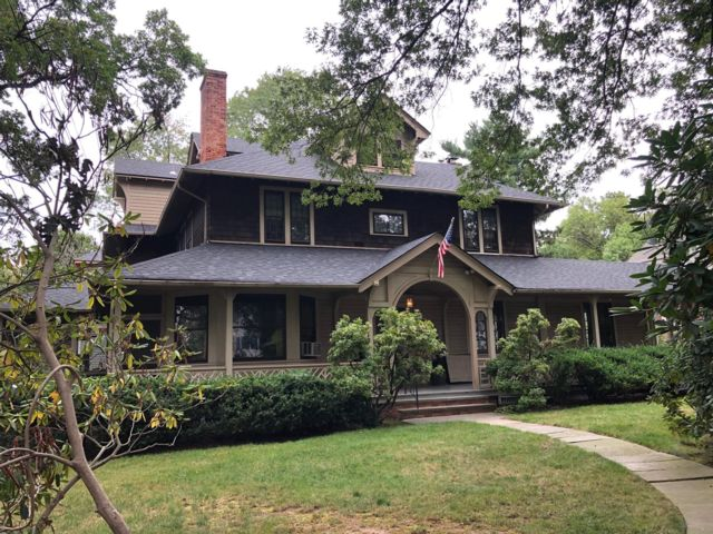 Studio,  0.00 BTH Colonial style home in Nutley