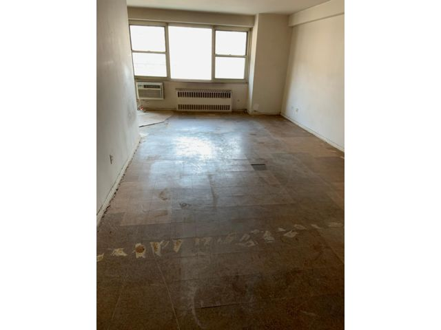 3 BR,  1.50 BTH  Co-op style home in Brighton Beach