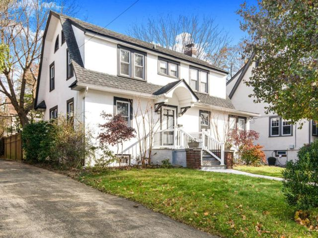 3 BR,  1.50 BTH  Colonial style home in Dobbs Ferry