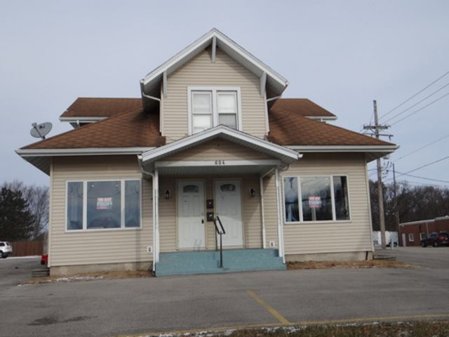 Studio,  0.00 BTH Commercial style home in Morris