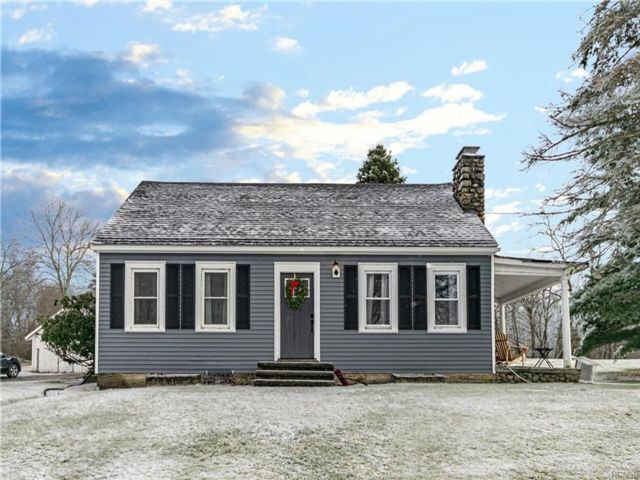 3 BR,  1.00 BTH Capecod style home in Campbell Hall