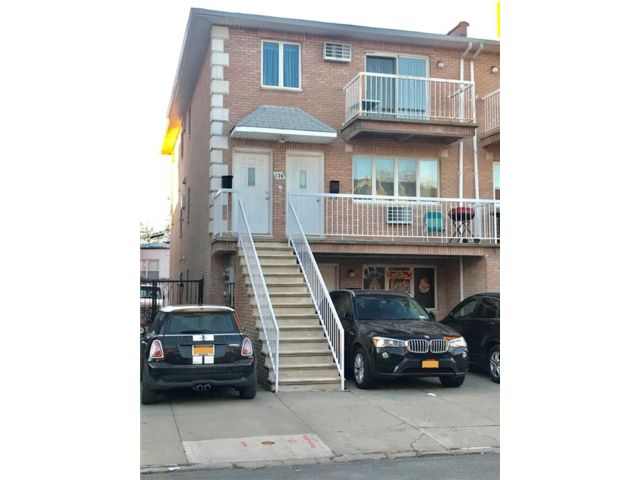 3 BR,  2.00 BTH Multi-family style home in Dyker Heights