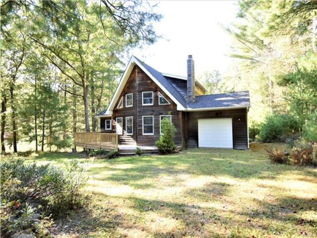 3 BR,  2.00 BTH Contemporary style home in Lumberland