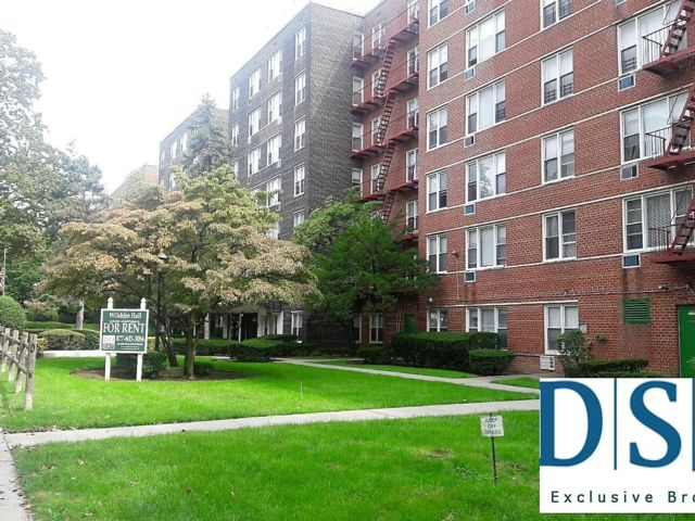 [Jamaica Estates Real Estate, listing number 6944819]