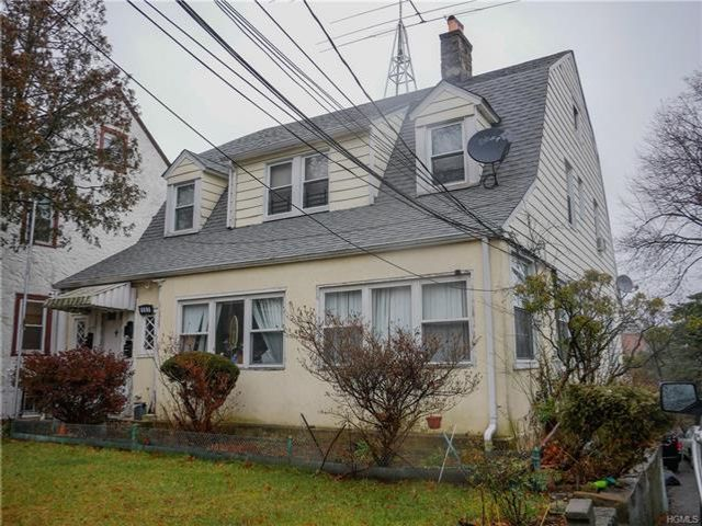 Studio,  0.00 BTH Colonial style home in Mount Vernon