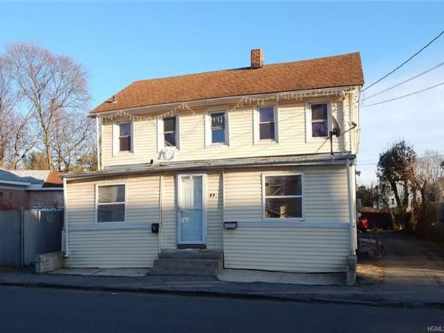 5 BR,  2.00 BTH  Two story style home in Middletown