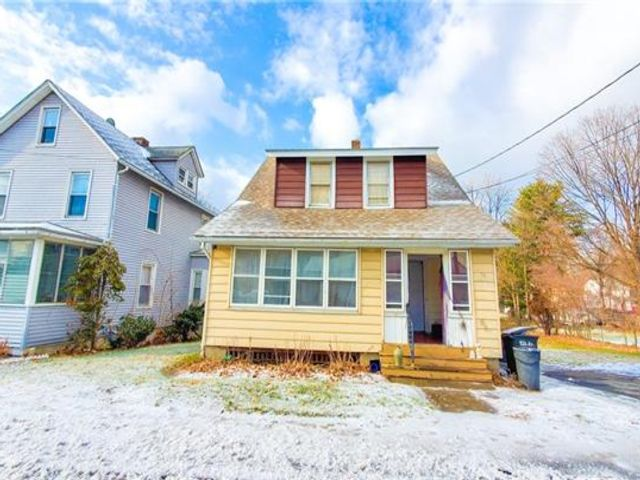 [Middletown Real Estate, listing number 6945065]