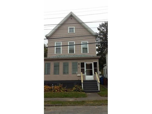 3 BR,  2.00 BTH Two story style home in Kingston