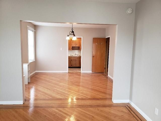 3 BR,  1.00 BTH Townhouse style home in Glendale