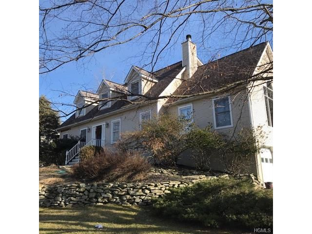 4 BR,  2.50 BTH  Capecod style home in New Windsor