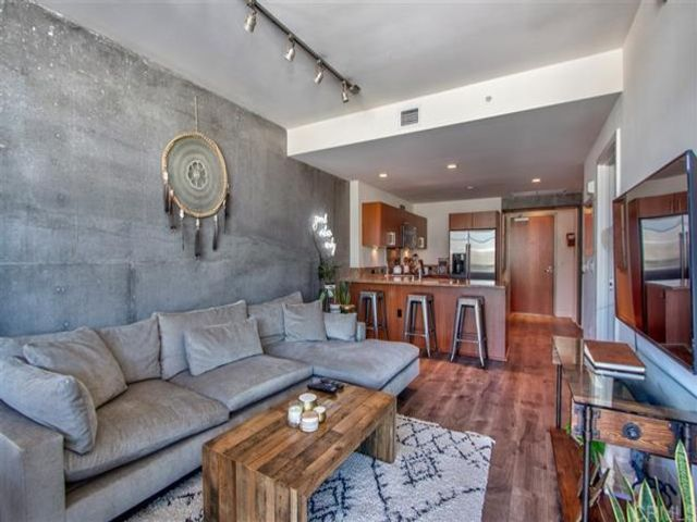1 BR,  1.00 BTH   style home in San Diego