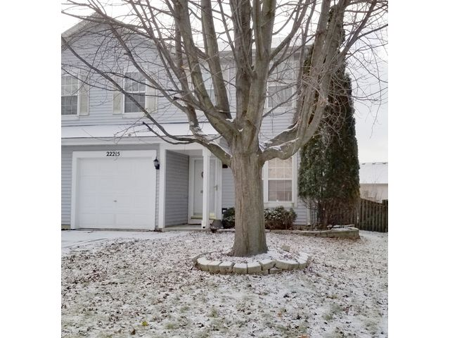 2 BR,  2.50 BTH House style home in Plainfield