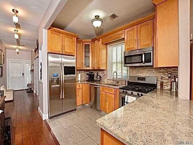 5 BR,  3.50 BTH  style home in Arverne